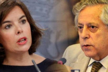 Enganchón de Miguel Angel Aguilar con la vicepresidenta Soraya Sáenz de Santamaría