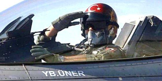 Dos pilotos de cazas F-16 tuvieron en su punto de mira al avión de Erdogan