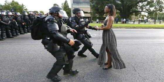 ¿Quién es esta mujer que se ha convertido en un símbolo contra la violencia policial en Estados Unidos?
