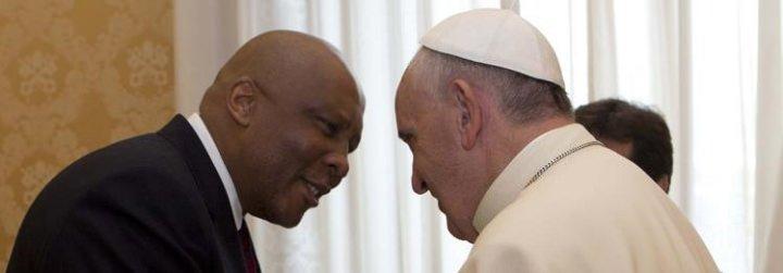 El Papa dona 400 mil dólares al gobierno de Lesotho