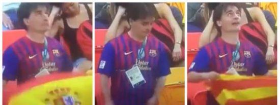El mamarracho culé que se avergüenza de ondear la bandera española