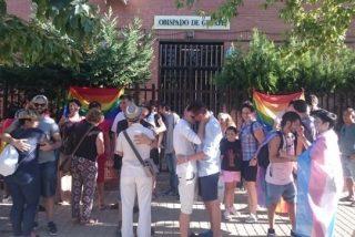 """Besada contra el """"pensamiento cavernícola"""" de los obispos de Getafe y Alcalá"""