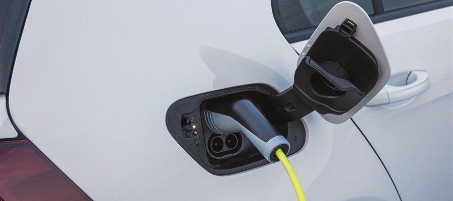 Los eléctricos ya suponen el 3% del mercado automovilístico