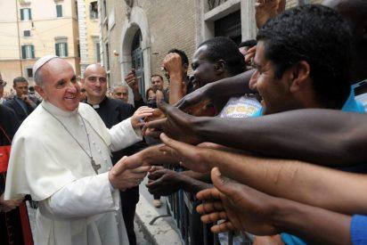 """Francisco pide fomentar """"la cultura de la acogida y la solidaridad"""" con los migrantes"""