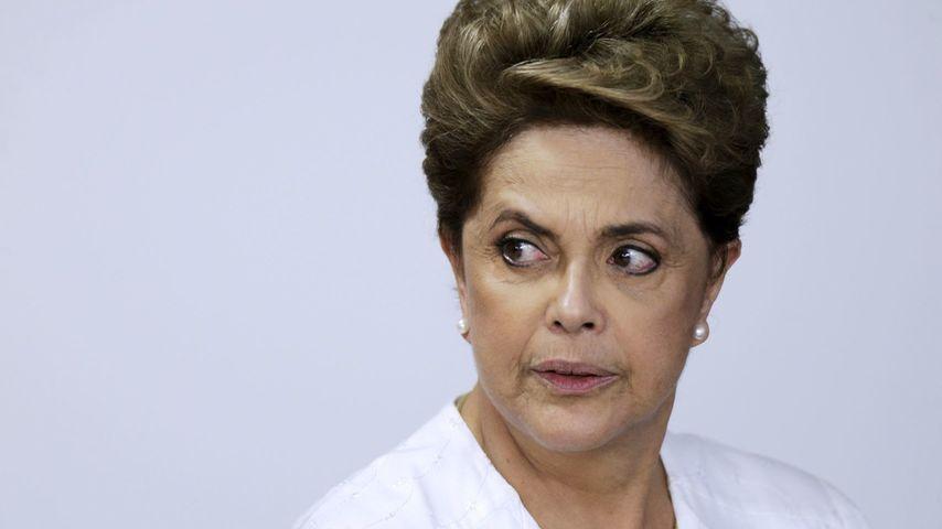 A la corrupta Dilma Rousseff le huele el culo a pólvota