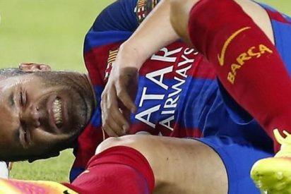 El estado de la rodilla de Iniesta dispara las alarmas en el Barça
