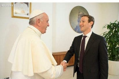 El Papa recibe a Mark Zuckerberg, fundador de Facebook