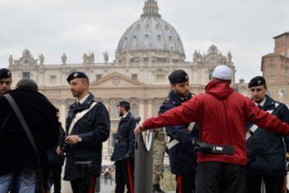 Miles de agentes velan por la seguridad en el Vaticano
