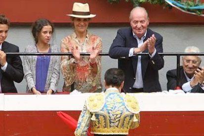 """El 'Pequeño Nicolás' cruje al cortijo progre de Telecinco: """"¿Un niño no puede ir a los toros pero sí matar personas en la Play?"""""""