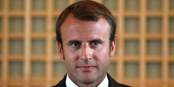 Emmanuel Macron dimite como ministro de Economía de Francia para impulsar su carrera política