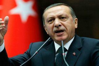 El islamista Erdogan acusa a Occidente de apoyar el terrorismo y el golpe militar