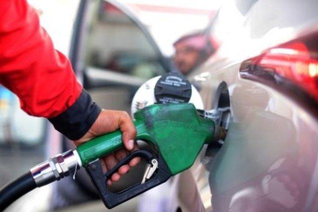 El consumo de carburantes de automoción crece en España un 3,6% en junio de 2016