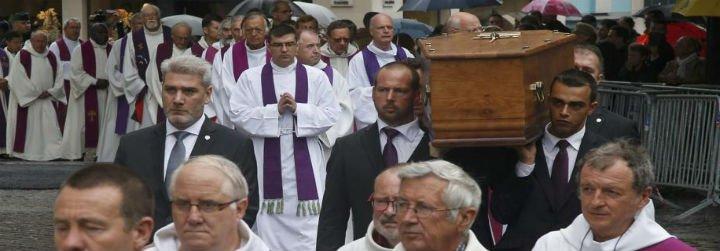 Funeral solemne en Francia por el cura asesinado en nombre del EI