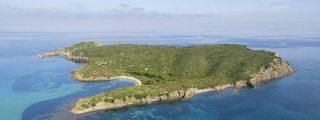 Así es la isla desierta de Menorca que puede ser tuya por solo 5 millones