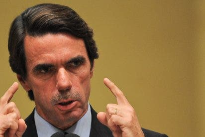 Aznar y 25 expresidentes latinoamericanos piden una «vigilancia crítica» hacia la Venezuela chavista