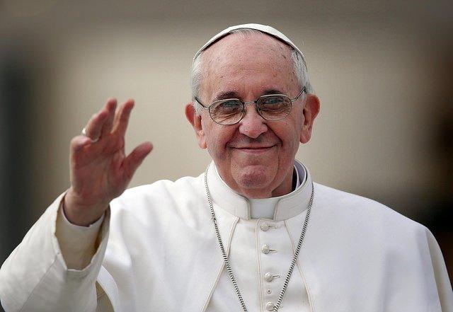 El Papa Francisco da por fin un paso y se ofrece a mediar en la crisis de Venezuela