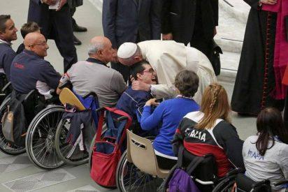 Los atletas paralímpicos visitan al Papa antes de los Juegos de Río