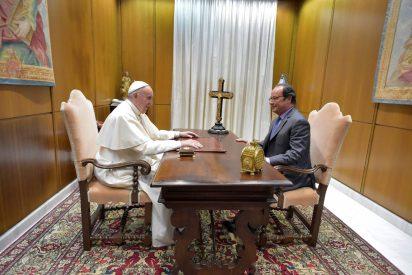 """Hollande se compromete ante Francisco a hacer """"todo lo posible"""" por proteger los lugares de culto"""