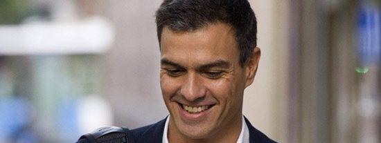"""'El País' llama a Pedro Sánchez """"simple e irresponsable"""" tras su nuevo plante ante Rajoy"""