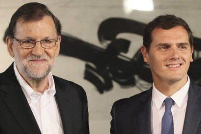 Rajoy se pone el 'uniforme de fin de semana del PP' para su entrevista con Rivera