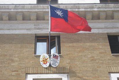 China advierte al Vaticano sobre sus relaciones con Taiwán
