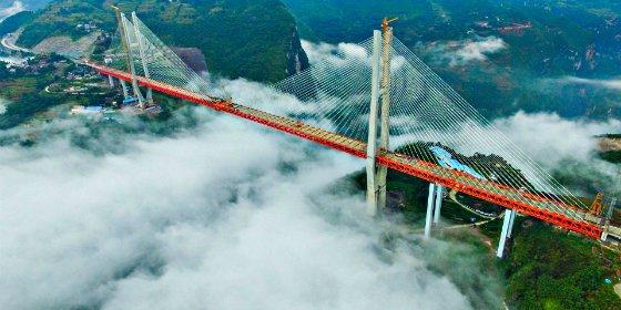China termina por fin la construcción del puente más alto del mundo