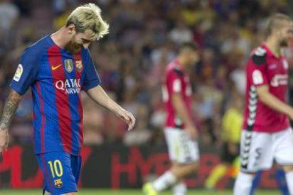 El millonario Barça pega el gran petardazo y pierde en casa con el modesto Alavés (1-2)