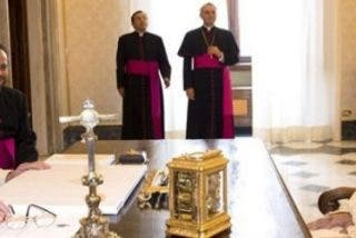 """Francisco, al príncipe heredero de Emiratos: """"La paz es nuestra vocación"""""""
