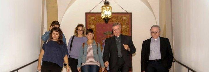 Fracasa la reunión entre Taltavull y los activistas que irrumpieron en una iglesia