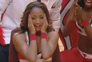 Vacilan a la cheerleader de los Bulls... con final feliz