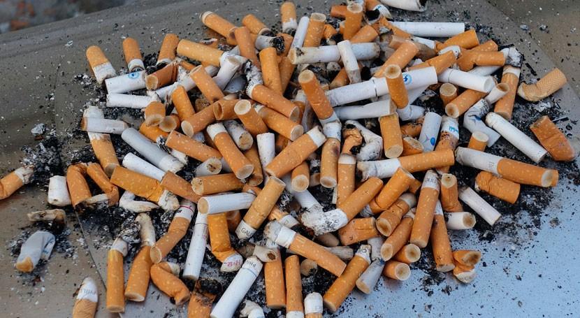 Nueva Zelanda estudia prohibir la venta de cigarrillos a las personas nacidas después de 2004