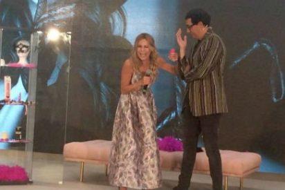 """Ana Obregón revoluciona el FesTVal 2016 con consoladores, """"empotradores"""" y un vestido roto"""