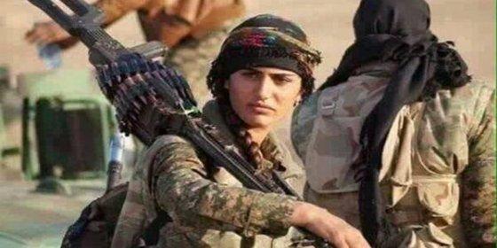 El ISIS le vuela cabeza a la valiente 'Angelina Jolie kurda' en una feroz batalla