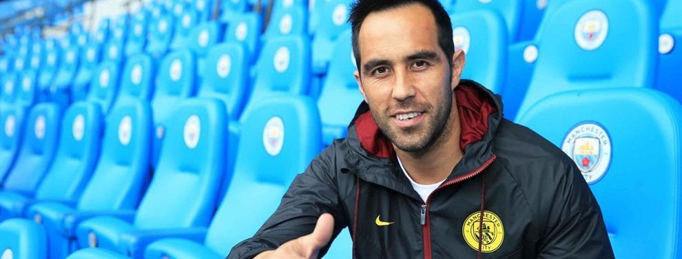 Así vivió Claudio Bravo desde Manchester el tropiezo del Barça ante el Alavés