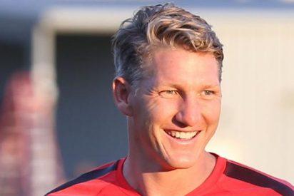 Bastian Schweinsteiger rescinde contrato con Manchester United
