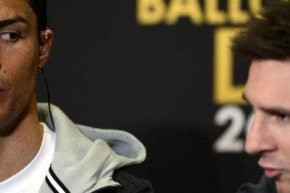 Cristiano Ronaldo le pasa la mano por la cara a Messi en las redes sociales