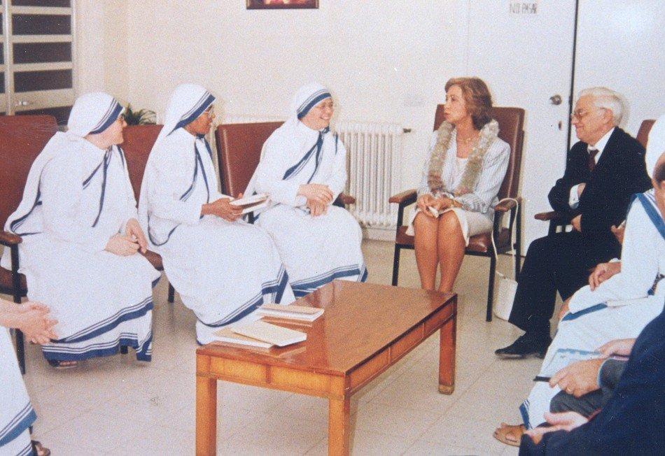 El Padre Ángel estará presente en la canonización de la Madre Teresa en San Pedro