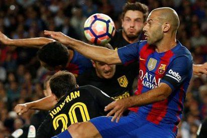 El resbalón que le puede costar el futuro en Barcelona a Mascherano