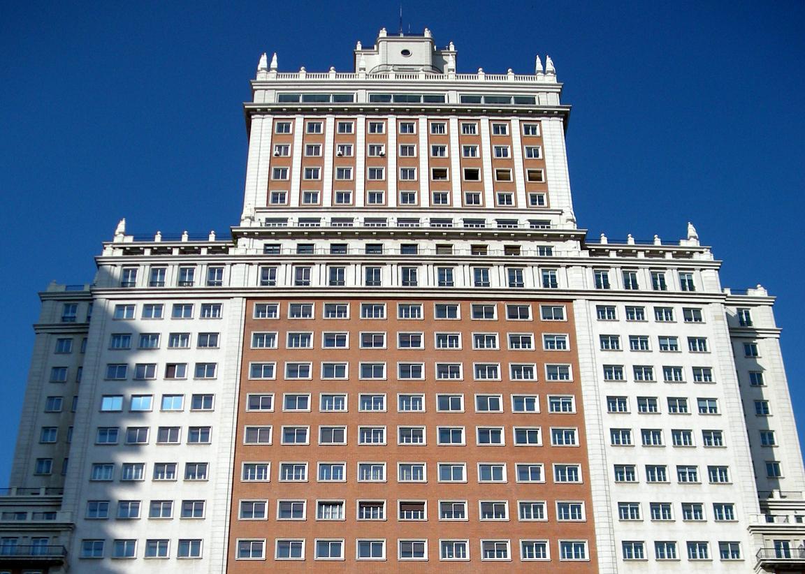 Baraka formalizará la compra del Edificio España a Wanda en octubre para iniciar las obras en enero
