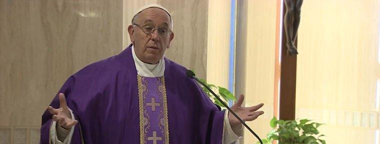 """Francisco: """"Hacer proselitismo no es evangelizar"""""""
