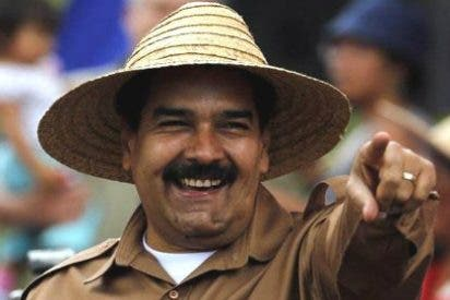 [VÍDEO] A Maduro le hierve la olla: los niños hambrientos harán huertos en sus escuelas