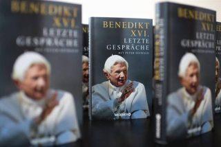 Benedicto XVI contesta en su libro al cardenal Marx, y desmiente que su pontificado haya sido excesivo
