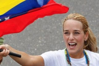 Tintori denuncia a Maduro ante la Corte Penal Internacional por crímenes de lesa humanidad