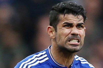 Doblete con chilena de Diego Costa para mantener al Chelsea
