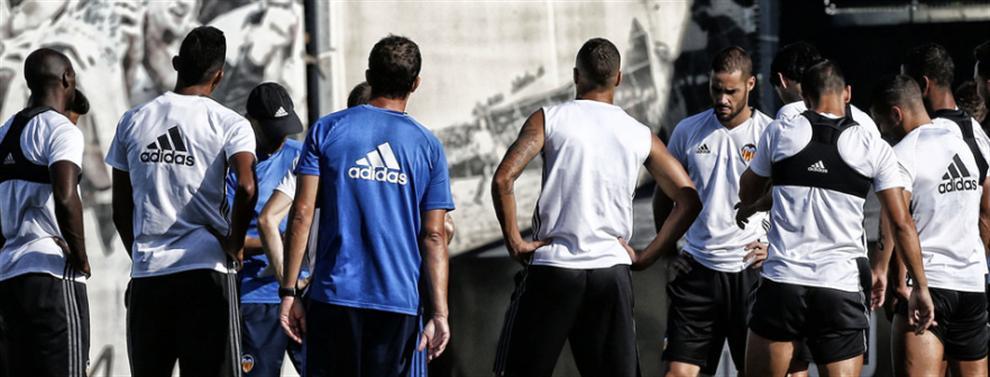 Los detalles del caos que ha causado el desastre en el vestuario del Valencia