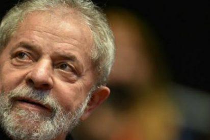 "Lula informó al Papa de la ""gravísima situación política e institucional"" en Brasil"