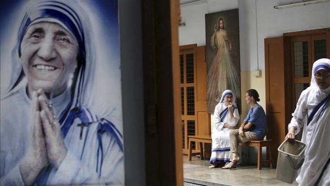 """Cañizares: """"Teresa de Calcuta demuestra que Dios no pasa de largo de los pobres"""""""