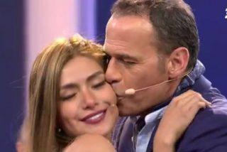 Broncas públicas y negocio: la 'oportuna' ruptura de Carlos Lozano con su novia antes de su regreso como presentador