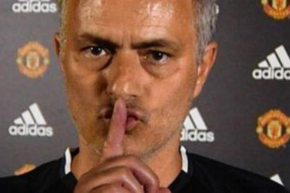 Mourinho 'la lía' con la prensa en la previa del derby de Manchester