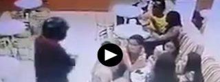 [VÍDEO] Acribillado a balazos mientras se toma un helado con la novia